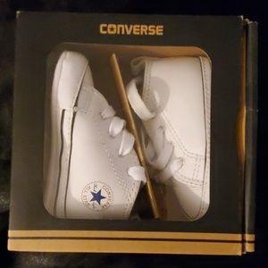 Converse First Star Hi (Chuck Taylor)